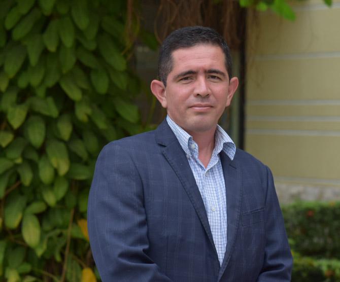 Huber Echeverría Vásquez