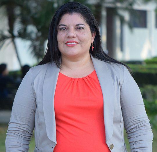 Elka Almeida Monge