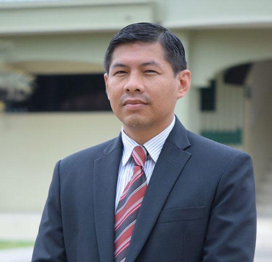 Ely Borja Salinas